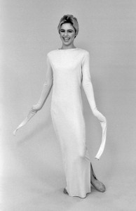Andy Warhol Retrospective, ICA Philadelphia, 1965: black-and-white photo of Edie Sedgwick in a floor-length t-shirt-dress with very, very long sleeves